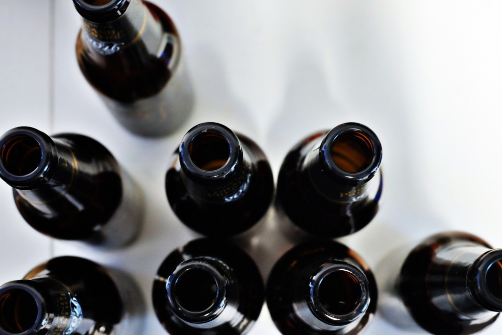 bottles-1208313_1920