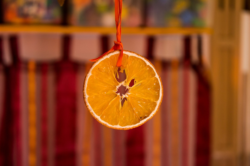 orange-648218_960_720
