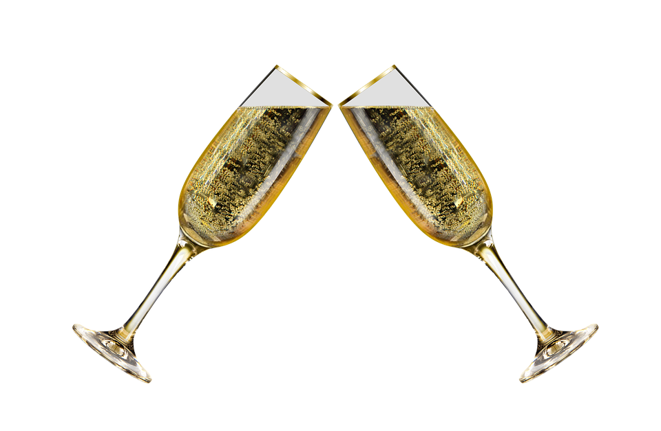 champagne-glasses-1899909_960_720